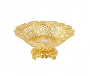 Electroplated hollow tray